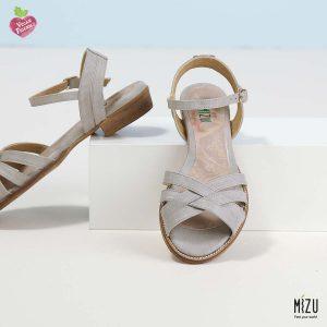 דגם מקנזי: סנדלים בצבע אפור