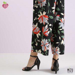 בלעדי לאתר - דגם ריאהנה: נעליים בצבע שחור