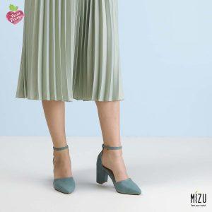 דגם חימנה: נעליים בצבע ג'ינס
