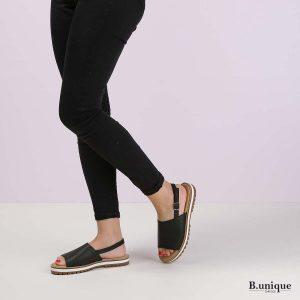 דגם אווה: סנדלים בצבע שחור