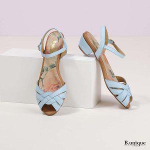 בלעדי לאתר - דגם נינה: סנדלים בצבע תכלת