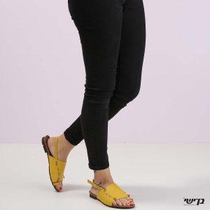 דגם פרנצ'סקה: סנדלים בצבע צהוב