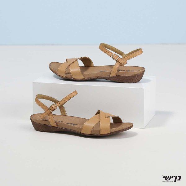 בלעדי לאתר - דגם ביאטריס: נעליים בצבע קאמל