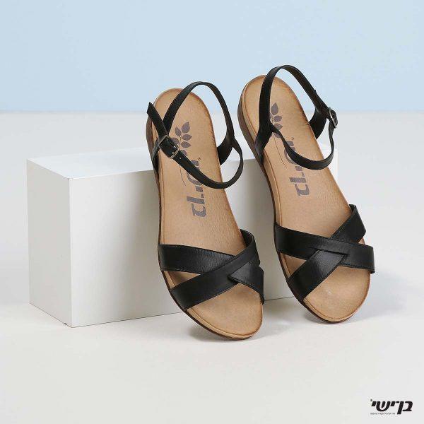 בלעדי לאתר - דגם ביאטריס: נעליים בצבע שחור