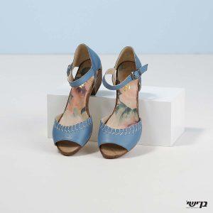 דגם ברוק: נעליים בצבע ג'ינס