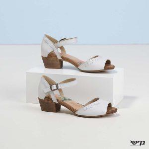 דגם ברוק: נעליים בצבע קרח