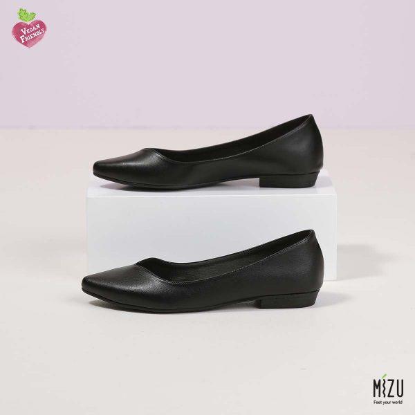 דגם אניטה: נעליים בצבע שחור