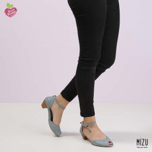 דגם הדס: נעלי בובה בצבע ג'ינס