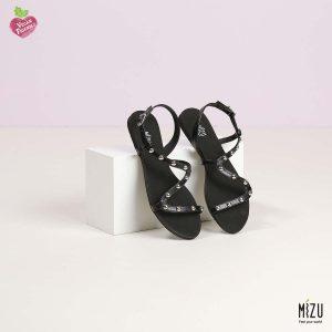דגם צליל: סנדלים בצבע שחור