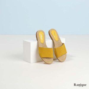 דגם ניקוסיה: כפכפים בצבע צהוב