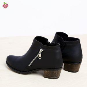 דגם קוזומל: מגפונים טבעוניים לנשים בצבע שחור - MIZU