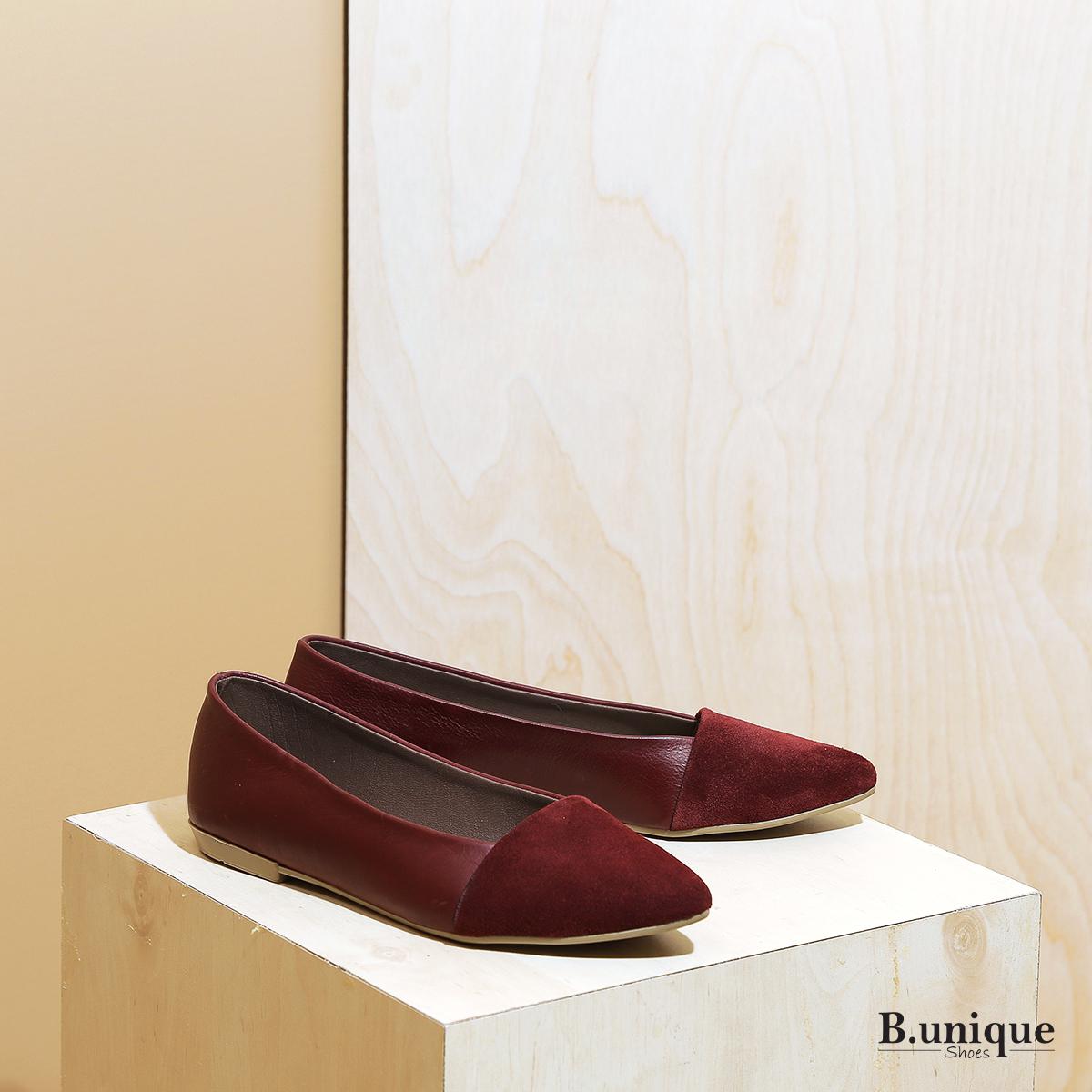 דגם בלייר: נעלי סירה לנשים בצבע בורדו