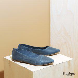 דגם לינדוס: נעלי בובה עם מפתח איקס בצבע ג'ינס - B.unique