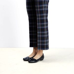 דגם הונגריה: נעלי בובה לנשים בצבע שחור - B.unique