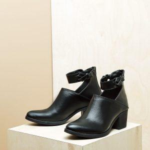 דגם אורלנדו: מגפוני נשים בצבע שחור – B.unique