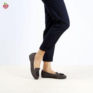 דגם צ'סטר: נעלי בובה טבעוניות בצבע אפור - MIZU