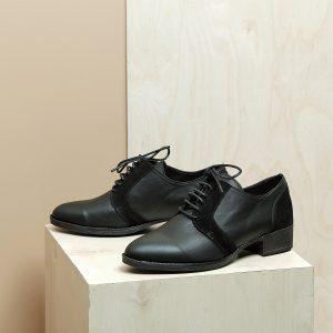 דגם בלגיה: נעלי אוקספורד לנשים בצבע שחור - B.unique
