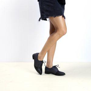 דגם טמפה: נעלי אוקספורד לנשים בצבע שחור - B.unique