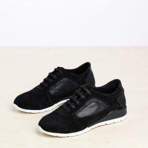 דגם הדסון: נעלי ספורט בצבע שחור