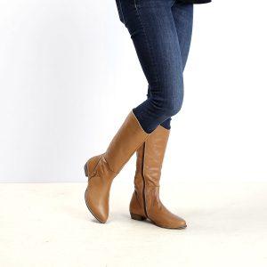 דגם ברלין: מגפיים לנשים בצבע קאמל - B.unique