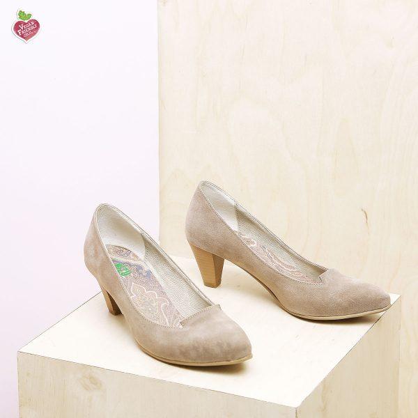 דגם טנסי: נעלי סירה טבעוניות בצבע טאופ - MIZU