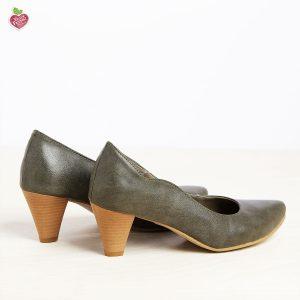 בלעדי לאתר - דגם טורין: נעלי בובה לנשים בצבע ירוק זית - MIZU