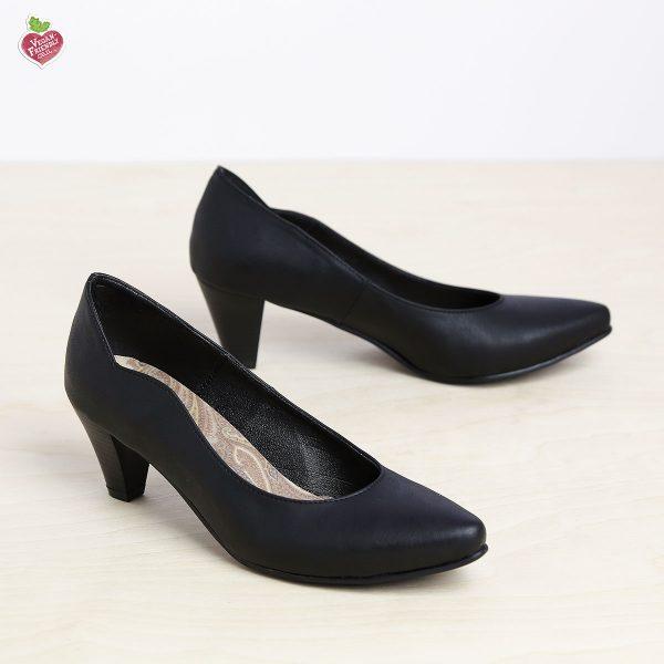בלעדי לאתר - דגם טורין: נעלי בובה לנשים בצבע שחור - MIZU