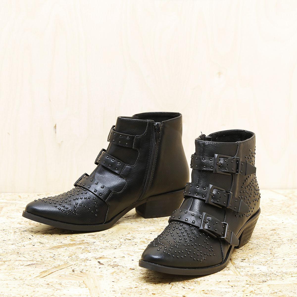 דגם טורינו : מגפונים לנשים בצבע שחור
