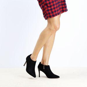דגם מילנו : מגפונים לנשים בצבע שחור - Rebecca Ashley