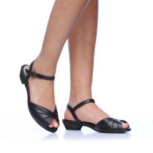 דגם אספרנס: סנדלים בצבע שחור