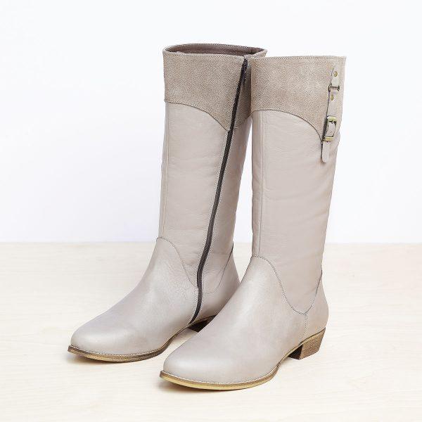 דגם מיטשל: מגפיים לנשים בצבע טאופ – B.unique