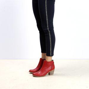 דגם בוליביה: מגפונים לנשים בצבע אדום - B.unique