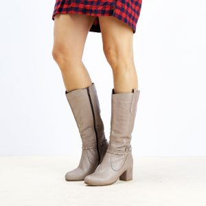 דגם ליברפול: מגפיים לנשים בצבע טאופ  – B.unique