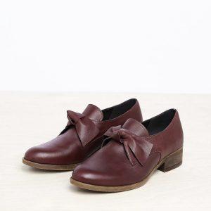 בלעדי לאתר - דגם קרלי: נעליים בצבע חציל - B.unique