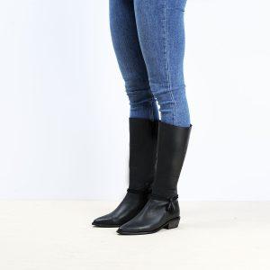 דגם ספרד: מגפיים לנשים בצבע שחור - B.unique