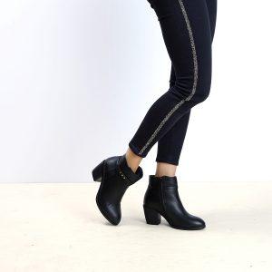 דגם צרפת: מגפונים לנשים בצבע שחור - B.unique