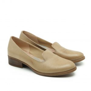 דגם טומי: נעלי נשים בצבע חאקי
