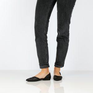 דגם גילי: סנדלים בצבע שחור - B.unique