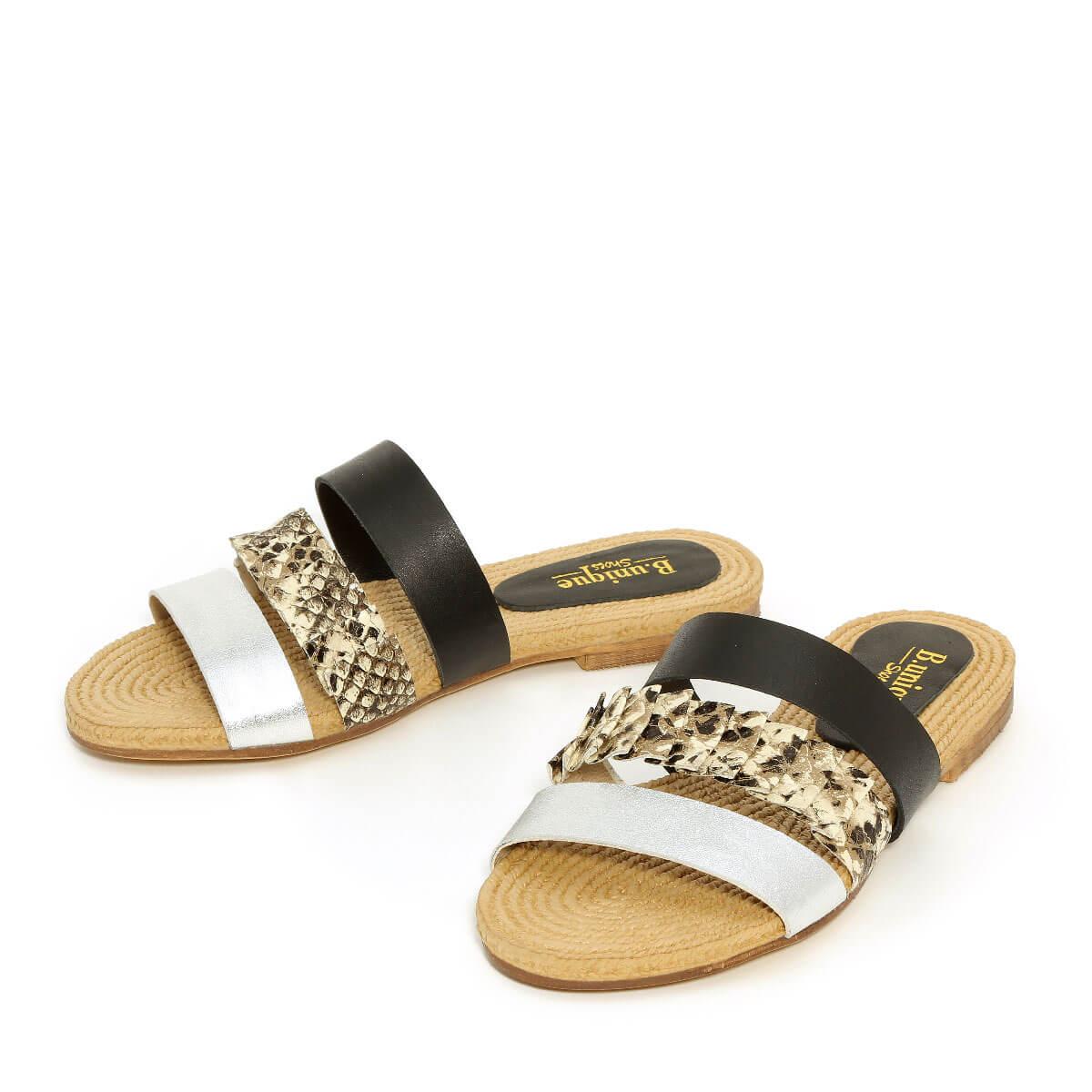 דגם נויה: נעליים בצבע שחור