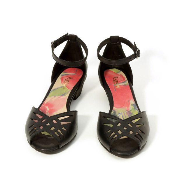 דגם ענבר: נעלי עקב בצבע שחור - B.unique