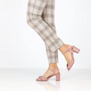 דגם גילה: סנדלי נשים בצבע סגול - B.unique