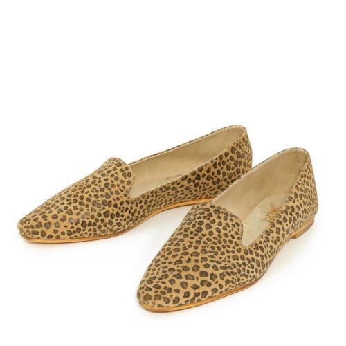 דגם מאיה: נעליים שטוחות בצבע קאמל מנומר
