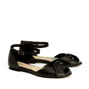 בלעדי לאתר - דגם אליאנה: סנדלים בצבע שחור - B.unique