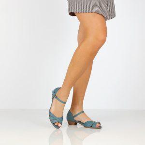 בלעדי לאתר - דגם עופרי: סנדלים בצבע ג'ינס - B.unique