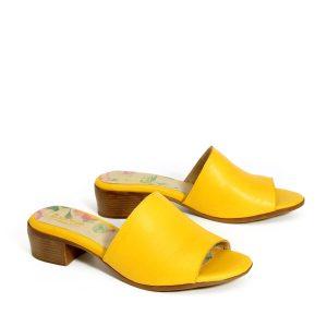 דגם אדל: כפכפים בצבע צהוב - B.unique