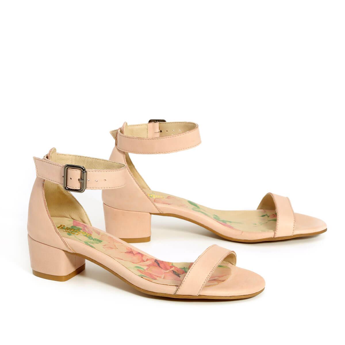 דגם דליה: נעלי עקב בצבע ניוד