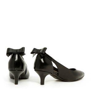 דגם גפן: נעלי נשים בצבע שחור - B.unique