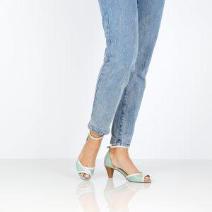 בלעדי לאתר - דגם אושרת: נעלי עקב בצבע מנטה וקרח - B.unique