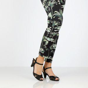 דגם עומר: נעלי עקב בצבע שחור - B.unique