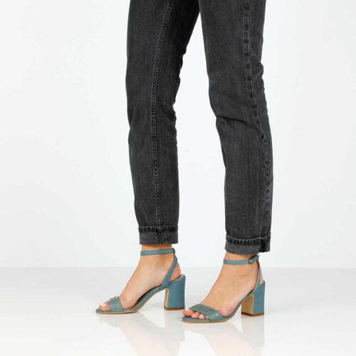 בלעדי לאתר - דגם אמה: נעלי עקב בצבע ג'ינס